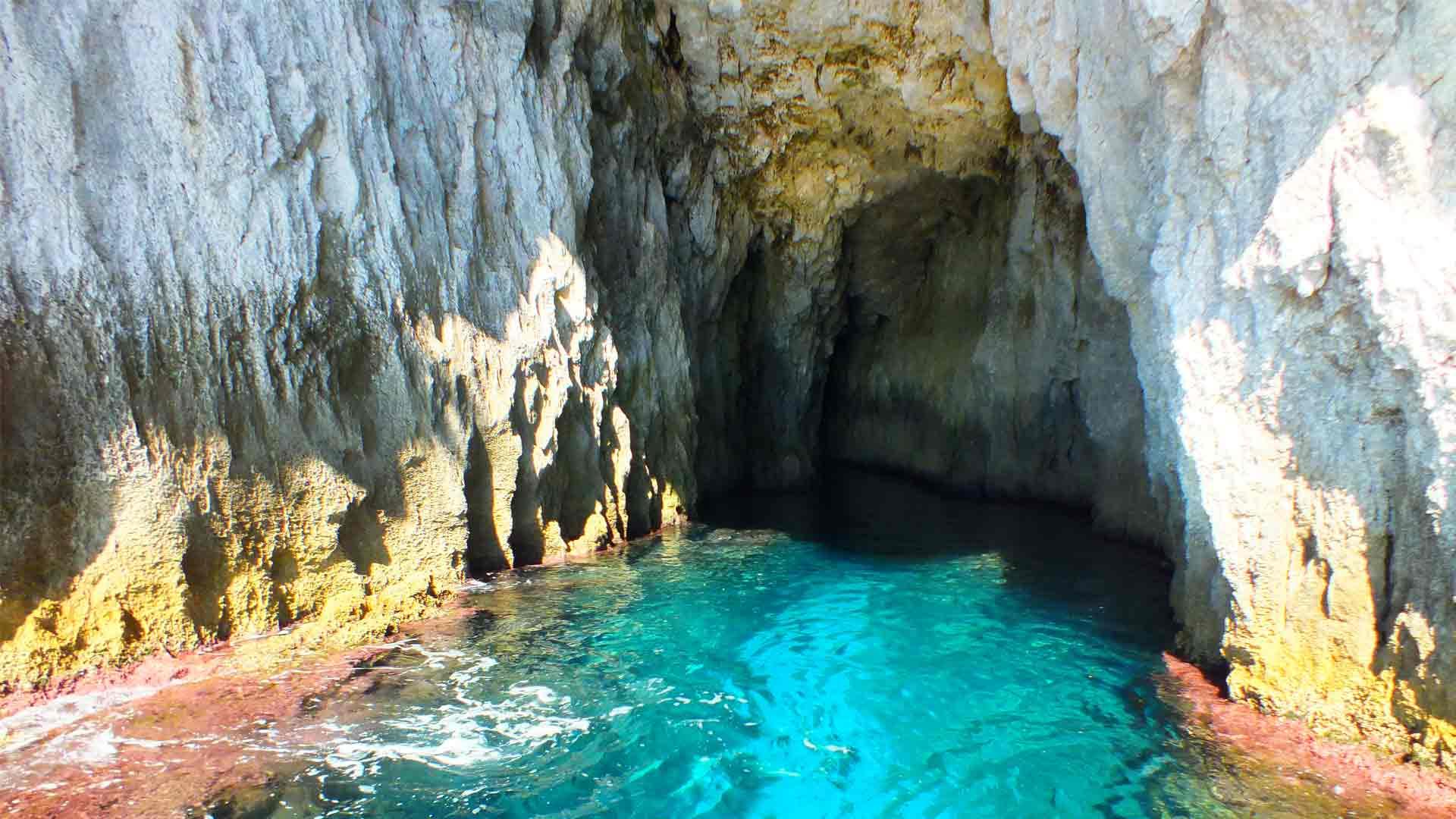 GROTTE TOUR: Escursione alle grotte marine – 40 minuti